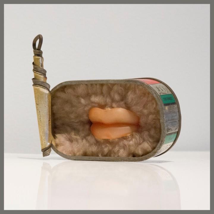 """Sculpture """"Boîte de sardines"""" -"""