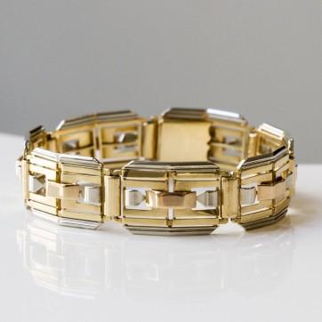 """René Boivin - Bracelet modèle """"Toit"""", or trois tons - vers 1935"""