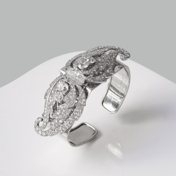 Cartier - Bracelet double clips,, platine or et diamants - vers 1920 / 1925