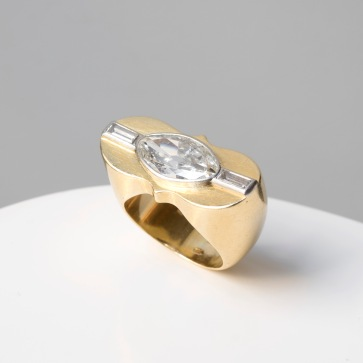 Bague en or, platine et diamants