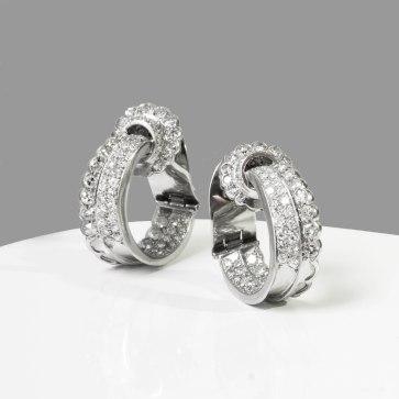 René Boivin - Paire de clips d'oreilles en platine et diamants